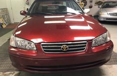 Clean Toyota Camry for sell red colour 2001 model