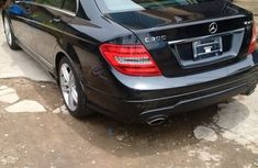 Mercedes Benz C300 available for sale 2009 model black