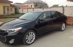 Clean 2013 TOYOTA Avalon Black for sale