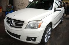 Clean Mercedes Benz GLK 2010 White for sale