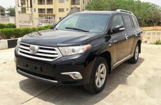 Toyota Highlander 4WD 2009 Upgraded To 2011 Black for sale