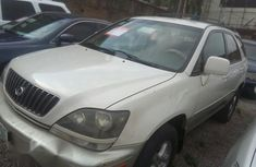 Lexus RX300 2004 White for sale