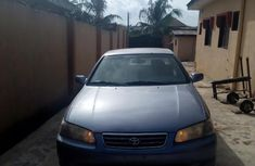 Clean Toyota Camry LE 2000 for sale