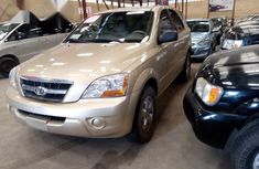 Kia Sorento 2009 Gold for sale