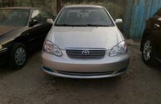 Clean Toyota Corolla 2003 silver for sale