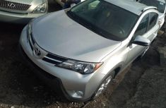 CLEAN 2010 TOYOTA RAV4 SILVER FOR SALE