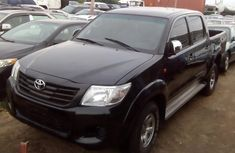 Clean Toyota Hilux 2009 Black for sale