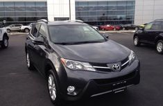 CLEAN 2014 TOYOTA RAV4 GREY FOR SALE