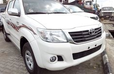 Hilux 2009 White Brand New tokunbo for sale