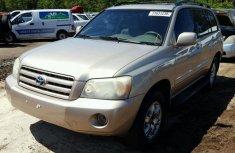 Toyota Highlander 2005 Grey for sale