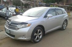 Registered Toyota Venza 2010 silver for sale