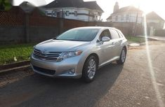 Tokunbo Toyota Venza 2009 Silver for sale