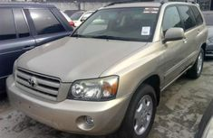 2004 Toyota Highlander Automatic Petrol well maintained for sale
