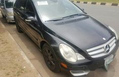 Mercedes-benz R350 2006 Black for sale