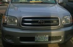 Clean Toyota Sequoia 2005 Silver for sale