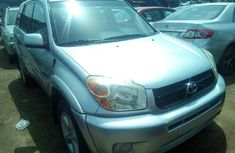 Toyota RAV4 2004 ₦2,500,000 for sale