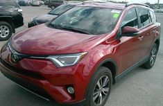 2017 Toyota RAV4 XLE FOR SALE
