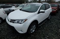 DIRECT TOKUMBO TOYOTA RAV4 2014 MODEL FOR SALE