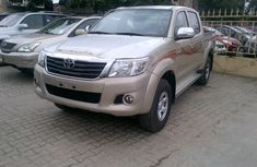 2014  Clean Toyota Hilux for sale
