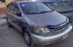Almost brand new Toyota Sienna Petrol 1998 for sale
