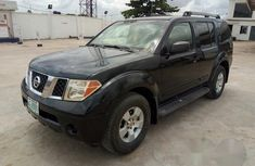 Neatly Used Nissan Pathfinder 2005 Black for sale