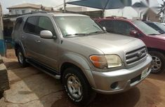 Clean And Neatly Used Toyota Sequoia 2004 for sale