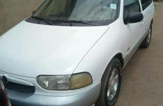 Nissan 100 2000 White for sale