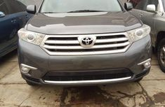 CLEAN TOYOTA HIGHLANDER 2013 FOR SALE