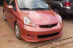 CLEAN HONDA FIT 2005 FOR SALE