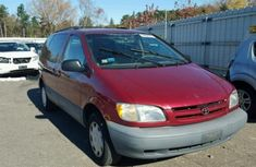 Toyota Sienna 1998 model FOR SALE