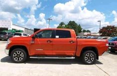 TOYOTA TUNDRA 2010 clean one ncs FOR SALE