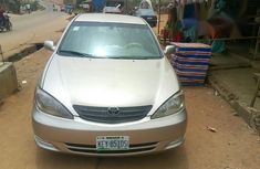 Neatly Used Toyota Camry 2005 Gold for sale