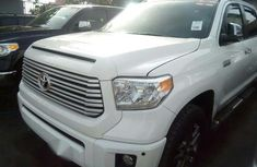 Toyota Tundra 2014 White for sale