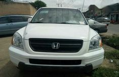 Honda Pilot 2004 White for sale