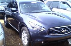 Very clean neat 2009 Infiniti Fx35 FOR SALE