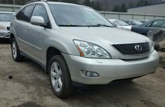 Lexus RX330 2008 in good condition for slae