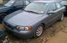 TOKUNBO VOLVO 240 2004 FOR SALE