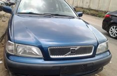 2005 Tokunbo VOLVO V40 Wagon (2.0) For Sale