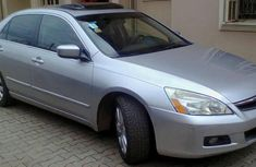 Neat Honda Accord 2006 silver for sale