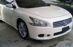 Nissan Maxima 2011 white for sale