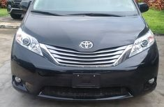 Brand New 2017 Toyota Sienna XLE Limited FOR SALE