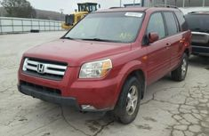 CLEAN 2004 RED HONDA PILOT FOR SALE.