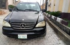Mercedes-Benz Ml320 2000 Black for sale