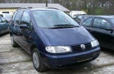 2009 Tokunbo Volkswagen Sharan For Sale