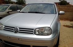 Volswagen Golf 2000 for sale