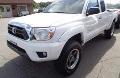 Well maintained 2008 Toyota Tacoma for sale