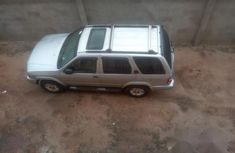 Neatly Used Nissan Pathfinder 2004 Silver for sale