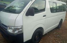 Good used 2013 Toyota HIACE Bus for sale