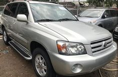 Toyota Highlander 2006 silver for sale