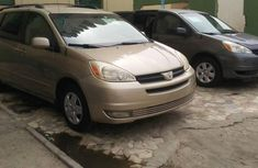 Toyota Sienna 2005 Petrol Automatic Gold for sale